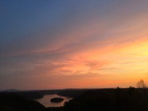 dale-hollow-lake-island-view