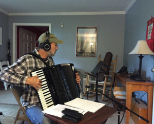Jeff-Taylor-accordion-2